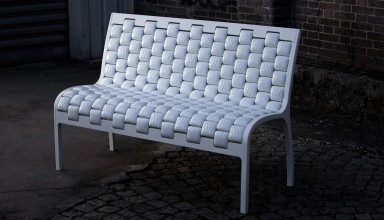 Onda Urbacer Collection, bench - Photograph by Yann Monel